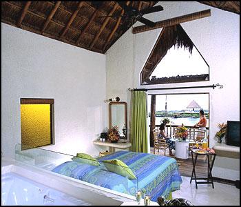 Xpu Ha Palace Guest Room
